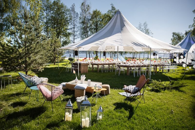 1632420197 825 Seating for a garden wedding stylish and comfortable - Seating for a garden wedding: stylish and comfortable