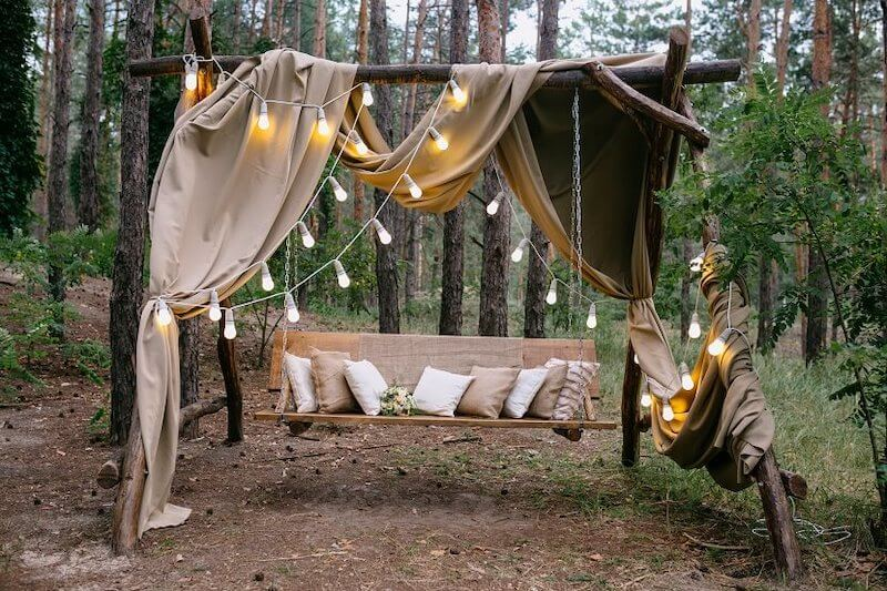 1632420197 877 Seating for a garden wedding stylish and comfortable - Seating for a garden wedding: stylish and comfortable