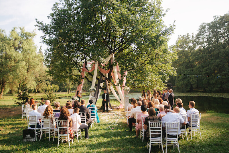 1632420198 250 Seating for a garden wedding stylish and comfortable - Seating for a garden wedding: stylish and comfortable