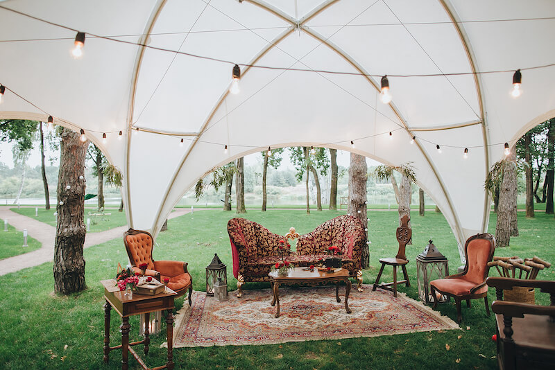 1632420198 934 Seating for a garden wedding stylish and comfortable - Seating for a garden wedding: stylish and comfortable