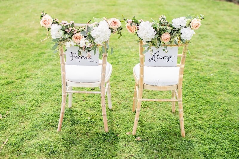1632420199 209 Seating for a garden wedding stylish and comfortable - Seating for a garden wedding: stylish and comfortable
