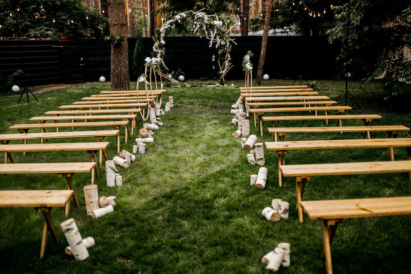 1632420200 965 Seating for a garden wedding stylish and comfortable - Seating for a garden wedding: stylish and comfortable