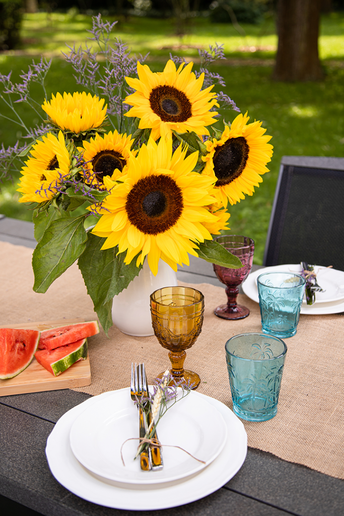 1632424543 597 Summer decoration with sunflowers Bloomy Blog - Summer decoration with sunflowers - Bloomy Blog