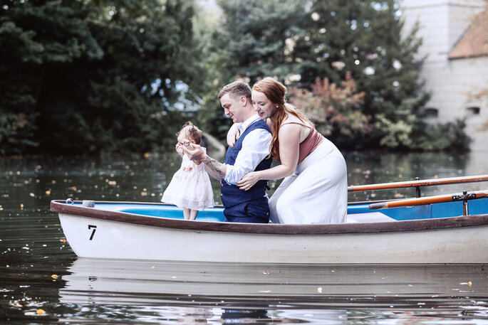 1632463511 286 The most beautiful wedding photos with children - The most beautiful wedding photos with children