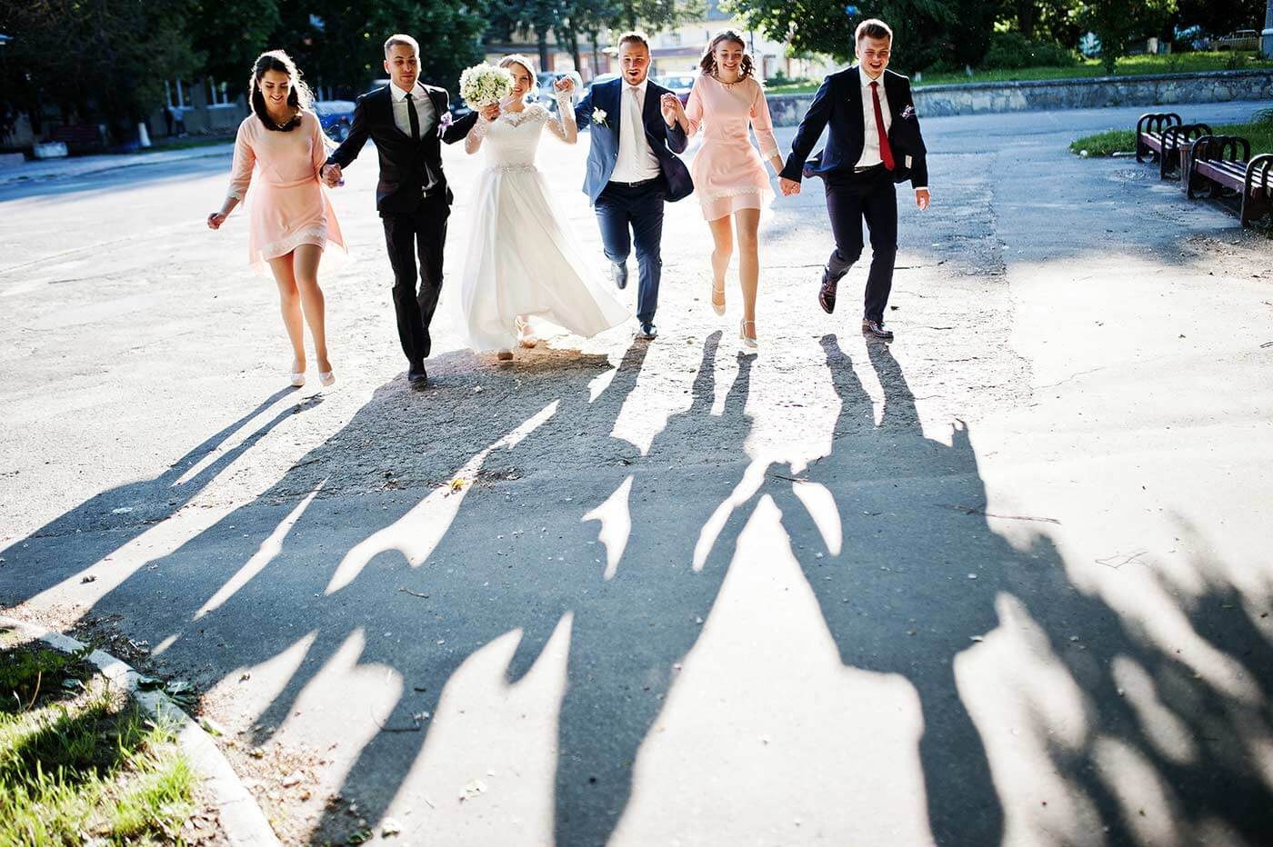 1632477580 281 The 10 worst mistakes as a wedding guest and how - The 10 worst mistakes as a wedding guest and how to avoid them