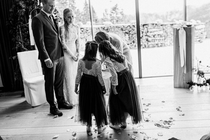 Keeping children busy at the wedding - Keeping children busy at the wedding