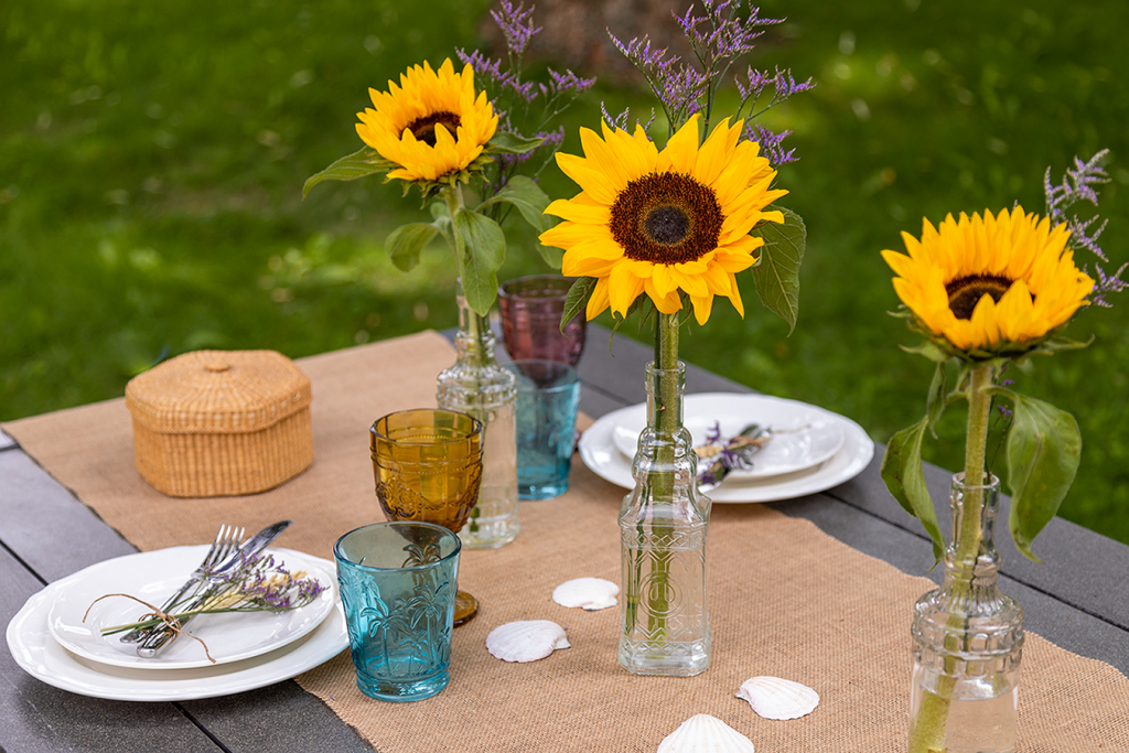 Summer decoration with sunflowers Bloomy Blog - Summer decoration with sunflowers - Bloomy Blog
