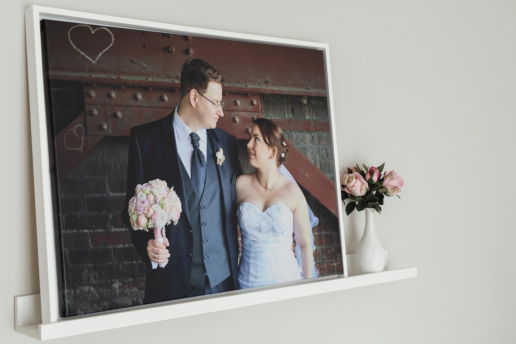 Your most beautiful wedding moments as a mural - Your most beautiful wedding moments as a mural